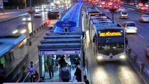 İstanbul'da ücretsiz toplu ulaşım uzatıldı