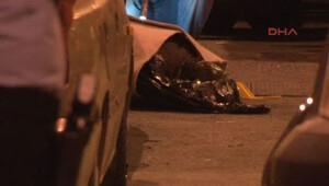 Küçükçekmece'de çöpten halıya sarılı ceset çıktı: 2 kişi gözaltında