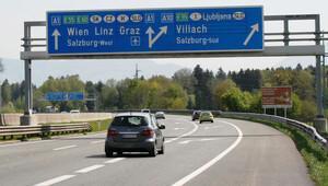 Slovenya'daki Karawanken tüneli cumartesi günü kapalı
