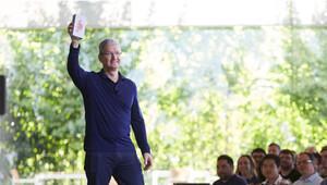 Apple 1 milyarıncı iPhone'u da sattı!