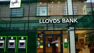 İngiliz banka Lloyds 3 bin kişiyi işten çıkarıyor