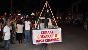 Düzce'de Fethullah Gülen'in maketi asılıp yakıldı