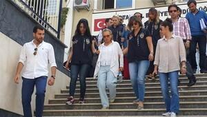 Gözaltındaki 21 gazeteci adliyeye sevk edildi