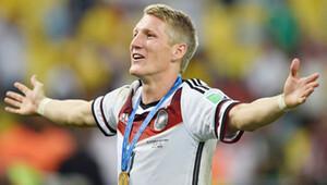 Kaptan, Alman milli takımını terk etti