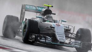 Rosberg seyircisi önünde zafer kovalayacak!