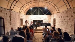 Gümüşlük Festival Akademisi'nde genç kemancılar konser verdi