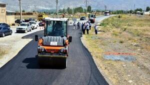 Erzincan köy yollarına sıcak asfalt