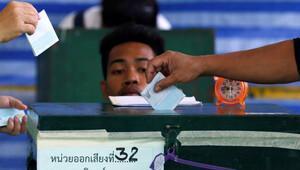 Taylandda anayasa referandumu