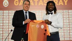 Galatasarayın yeni transferi Cavanda: Beni Galatasaraya Denayer yönlendirdi