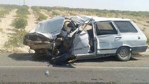 Suruç'ta kamyonetle otomobil çarpıştı: 2 ölü, 4 yaralı