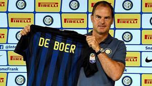 Frank de Boer Galatasaraylı yıldızı istiyor