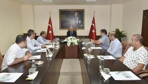 Vali Çakacak'a, milli iradeye destek ziyaretleri