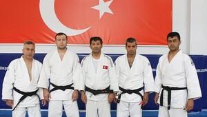 Yıldız Milli Judocular Sekasem'de Çalışıyor