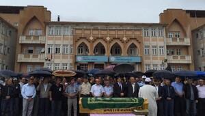 Hayatını Kaybeden Öğretmen İçin Okulunda Tören Düzenlendi