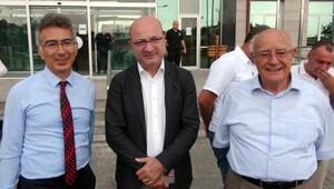 Avukat Turgut Kazan: O yargıçlar, o savcılar bir gün şak diye başbakanınızı tutuklarlar