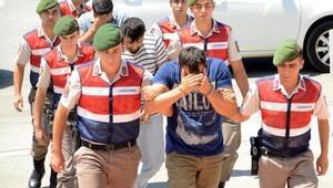 Mülteci geçişlerinde organizatörlerden yeni yöntem