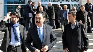 CHP il başkanına pankart cezası