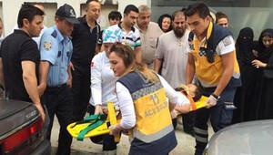 Otel penceresinden düşen çocuk ağır yaralandı