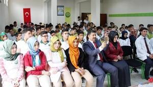Başsavcısı Kuş, öğrencilerle deneyimlerini paylaştı