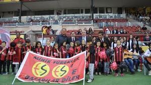 Eskişehirspor teknik direktörü Aybaba:Bu maç finallerin finali