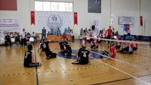 Oturarak Voleybol Liginde şampiyon Ankara takımı