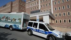 Şişli Belediyesi ile Şişli Meslek Yüksekokulu arasında bina krizi...