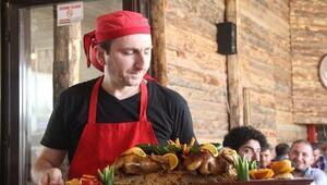 Kebap diyarı Şanlıurfa'da, portakallı pekin ördeği menüye girdi