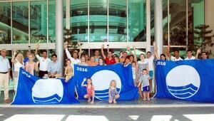TT Hotels Turkey grubu mavi bayraklarını teslim aldı