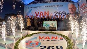 Başbakan Yıldırım , Vanda toplu açılış törenine katıldı (2)
