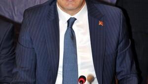 Sinan Oğan: AKP'ye sesleniyorum, elini Milliyetçi Hareket Partisi'nin kurultayından çek