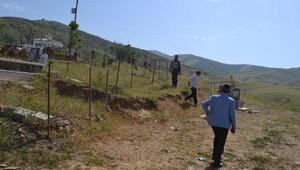 Muş Belediyesi mezarlıkları sahiplendi