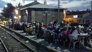 Akyaka'da tasavvuf müziği eşliğinde iftar