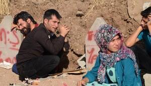 PKK'nın 16 kişiyi katletitği Tanışık Köyü'nde buruk bayram
