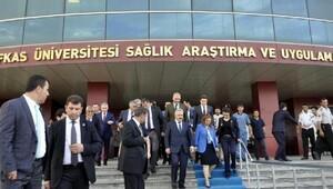 Bakan Arslan'dan yaralı Mehmetçik Ziyareti