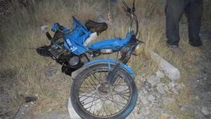 Aydında otomobil motosiklete çarptı: 1 ölü