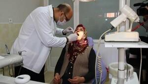 Bayraklı Belediyesi 6 ayda 10 bin kişinin dişini tedavi etti
