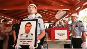 Antalyalı şehit polis, gözyaşlarıyla uğurlandı