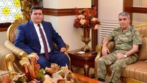 Erzincan Valisi Arslantaş: 16 ilde tek kurşun atılmadan tehlike bertaraf edilmiştir