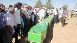 Düğünden namaza yetişmek isteyen imam ile ailesi kazada öldü; 7 ölü (2)