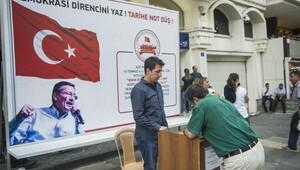 Büyükşehir demokrasi standı kurdu