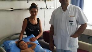 Minik Doruk GATA'da robotla ameliyat edilerek sağlığına kavuştu