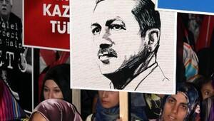 Erzincan'da demokrasi nöbetleri sürüyor