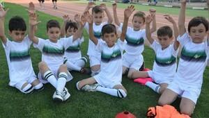 Akigo'nun futbol ordusu
