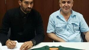Darbe girişiminden korkan İranlı 2'nci futbolcuda kampı terk etti