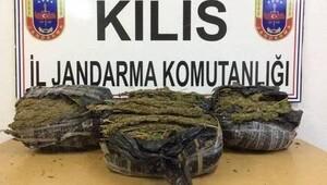 Kilis'te 8 kilo 400 gram esrar ele geçti
