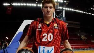Trabzonspor Medical Park Nikolov'la imzaladı