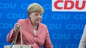 Merkel bu kadar çok sorunun altından gelebilecek mi?