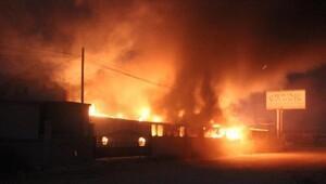 Mobilya dekorasyon fabrikasında yangın