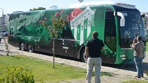 Bursaspor, Adana'ya uçtu