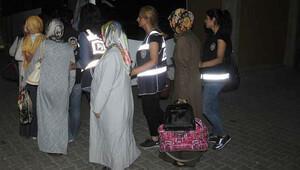 Mardinde FETÖnün bölge ve il ablaları ile abileri tutuklandı